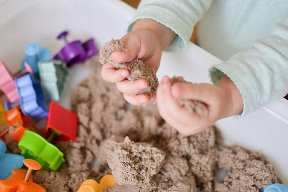 Кинетический песок своими руками: состав и способ использования