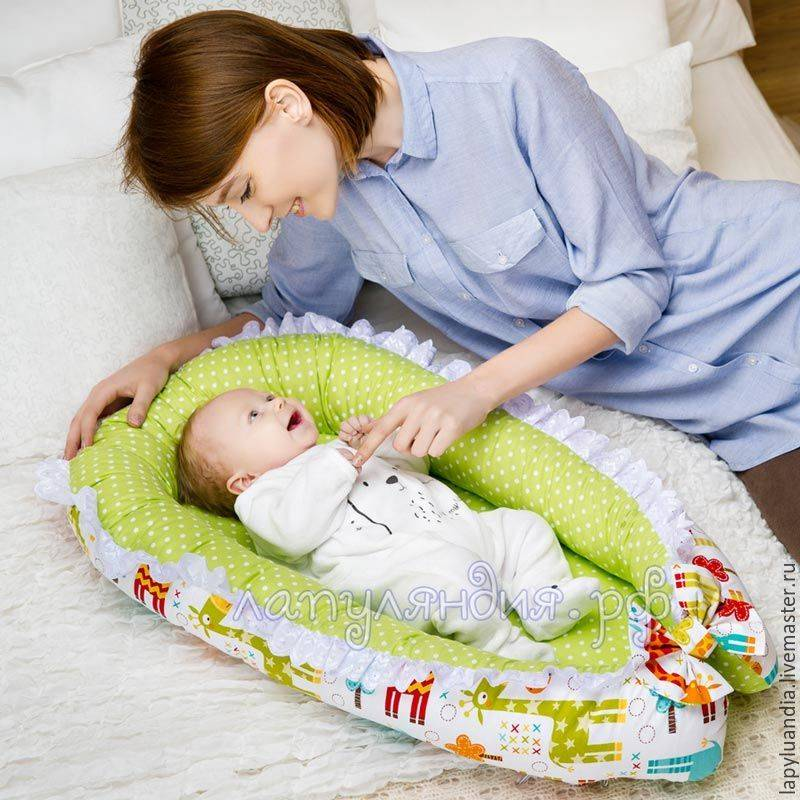 Кокон для новорожденных: какой лучше купить и как сшить своими руками