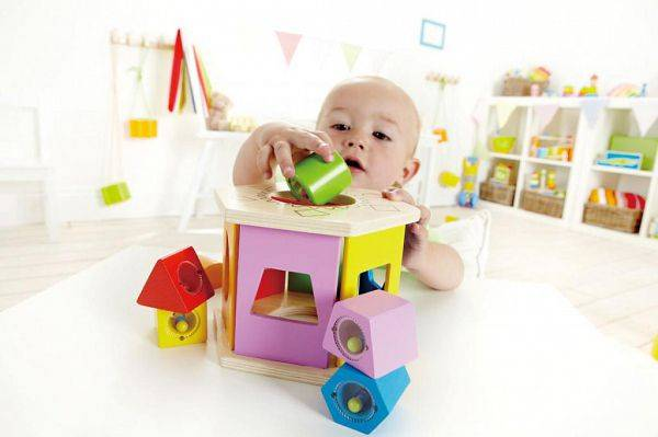 Как развивать ребенка в 1, 2, 3, 4, 5, 6 месяцев | игры и игрушки для новорожденных и грудничков – жили-были