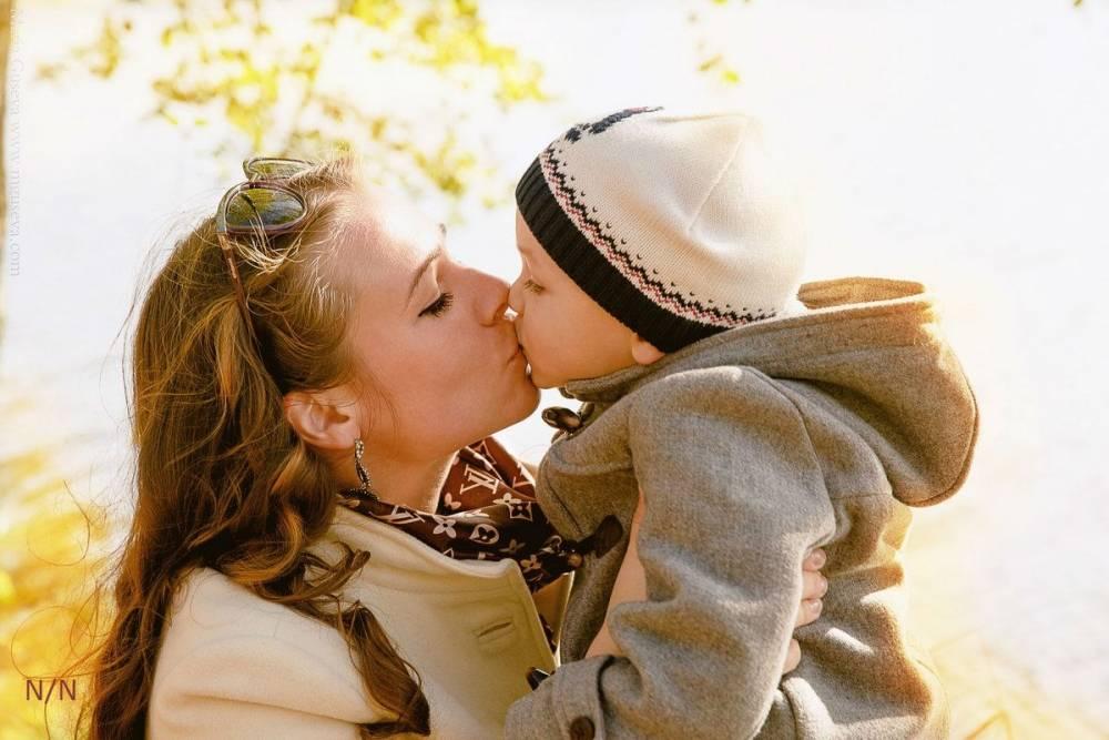 10 несложных способов показывать свою любовь ребенку каждый день. как показать ребенку свою любовь: 60 рекомендаций от психолога