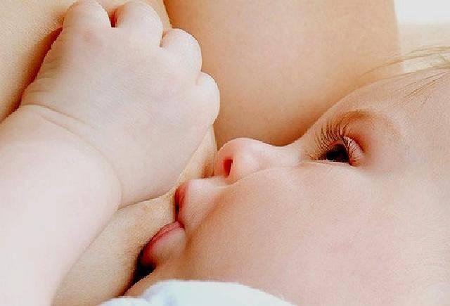 """Хочу кормить грудью, а ребенок не берет…   центр осознанного родительства """"лада"""""""