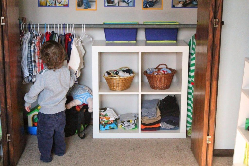 Куда вы деваете вещи детей, которые им малы?