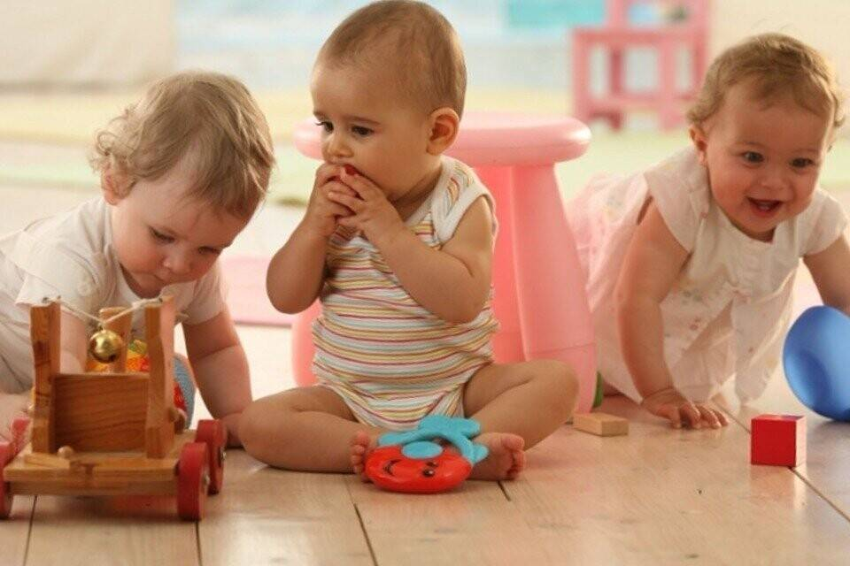 Отдавать ли ребёнка в сад? советы родителям