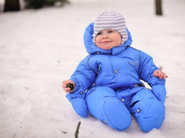 Лучшие детские зимние комбинезоны: выбираем правильно