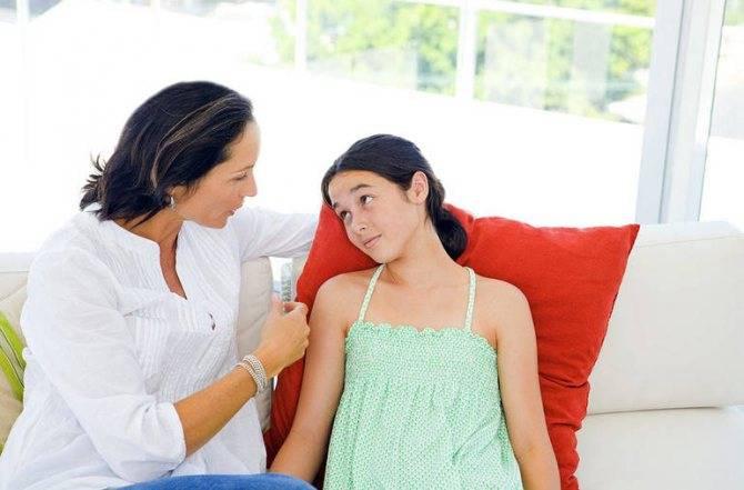 Первая менструация: что нужно знать девочке и родителям?
