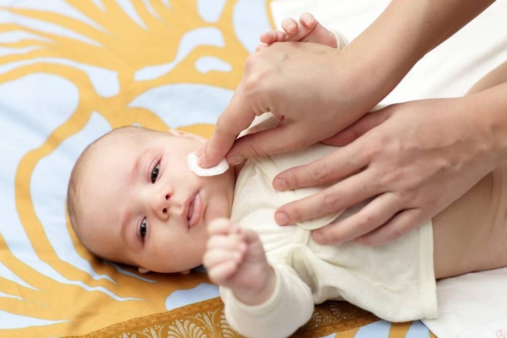 Кожа младенца и уход за ней. как правильно ухаживать за кожей новорожденного