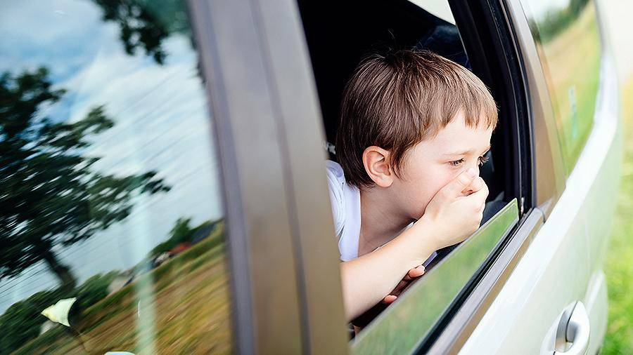 Что делать, если укачивает и тошнит в машине?