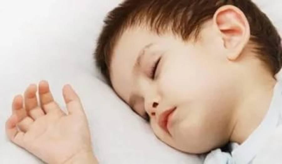 8 причин, почему ребенок скрипит зубами во сне и способы лечения бруксизма