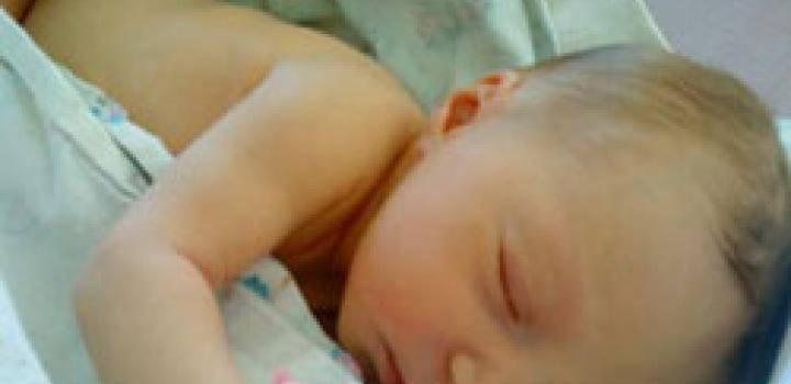 Ребенок упал и ударился головой: что делать?     материнство - беременность, роды, питание, воспитание