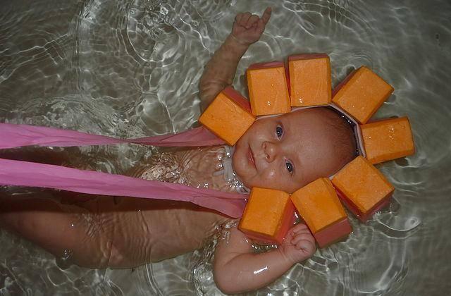 Как сшить шапочку для купания новорожденных