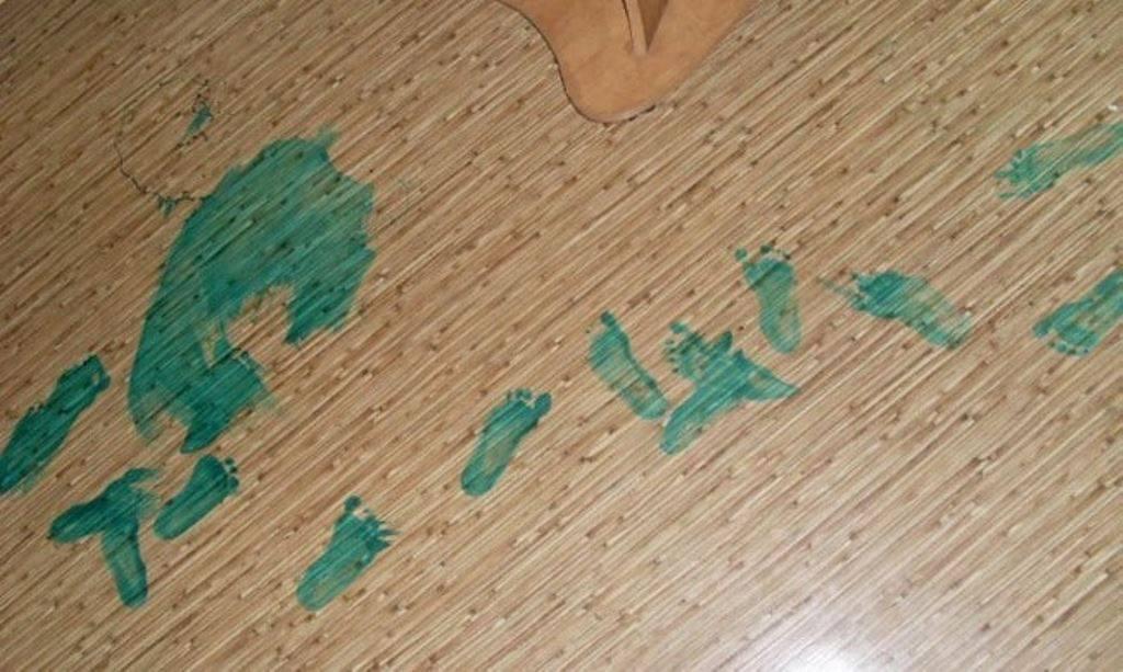 Чем отмыть фломастер с кожи рук и лица у ребенка