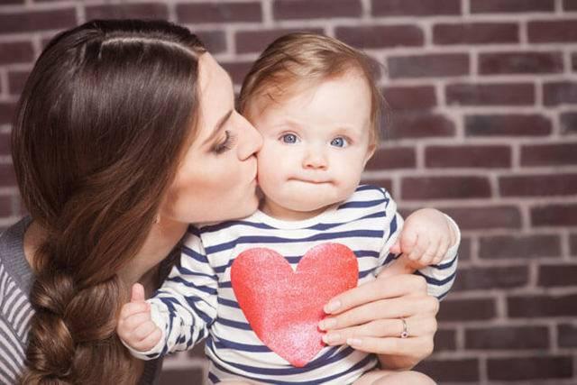 10 прекрасных способов показывать ребёнку свою любовь ежедневно