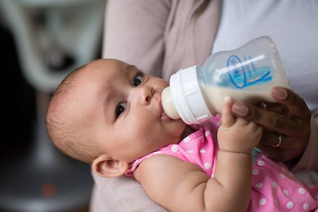 Как приучить ребенка к бутылочке: 3 способа, правила кормления, рекомендации