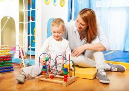 Игры для развития ребенка в 1 год - во что поиграть с малышом?