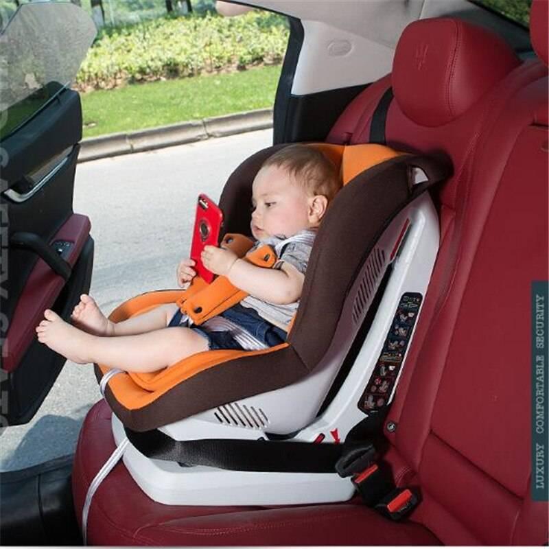 Бустеры для перевозки детей в автомобиле