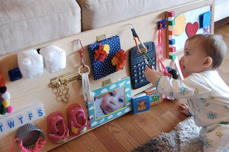 Развивающие игрушки для детей в 9 месяцев: какие нужны для мальчика и девочки
