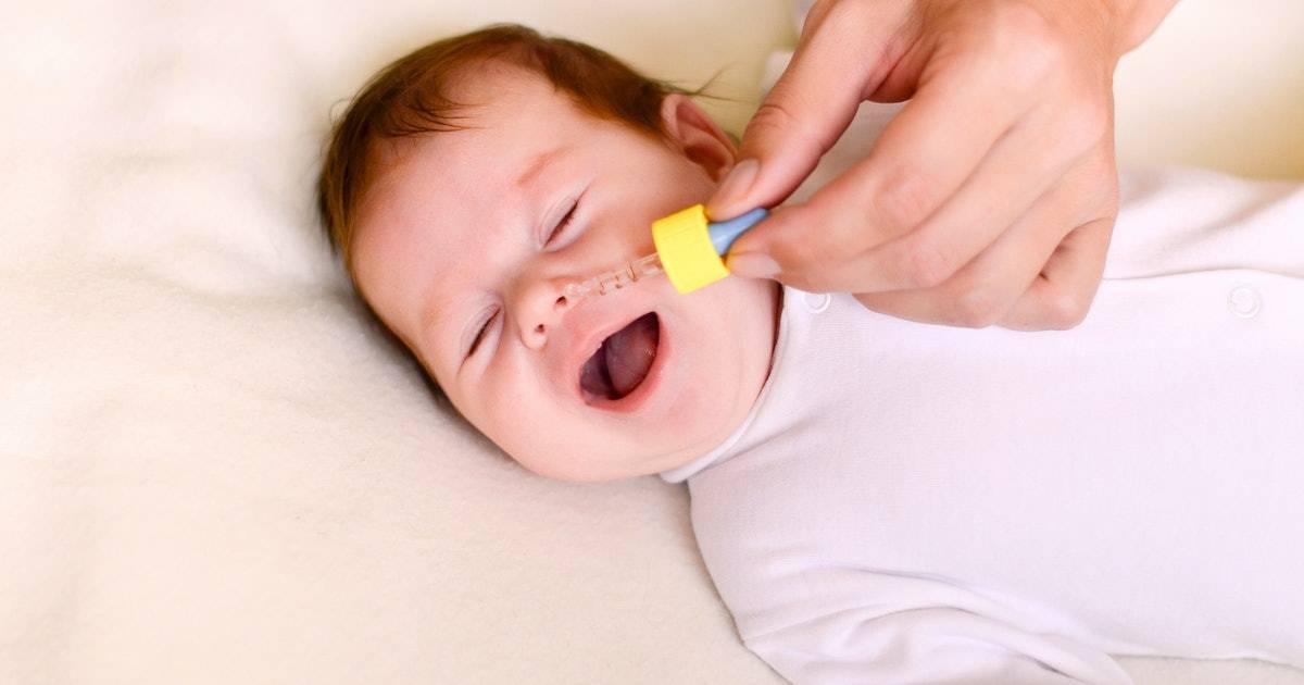Ребенок хрюкает носом, но соплей нет: почему и что делать (Комаровский)?