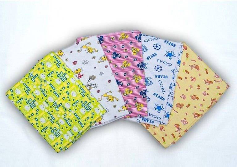 Какие пеленки лучше для новорожденного - советы по выбору
