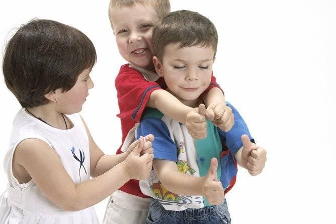 Как помочь ребенку найти друзей в детском саду?