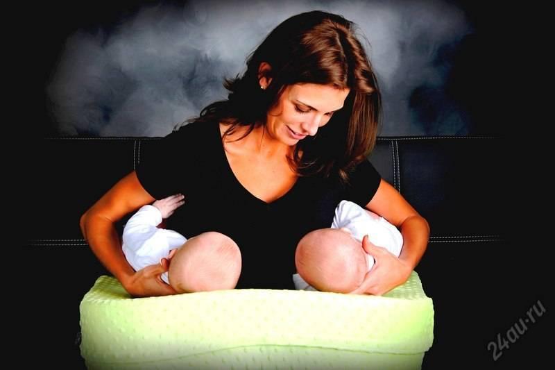 Как кормить грудью двойню: советы, рекомендации, нюансы свои детки