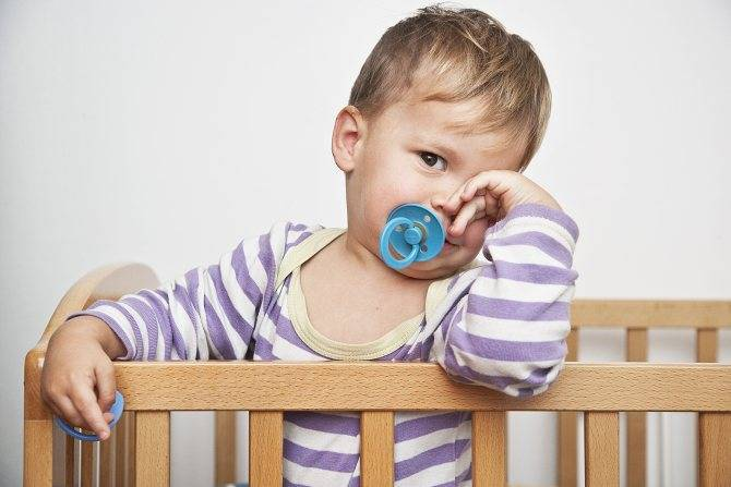 Приучить ребёнка засыпать самостоятельно: как это сделать и когда начинать