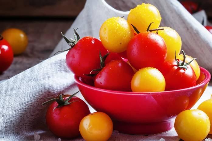 Можно ли кормящей маме соленые помидоры - всё о грудничках