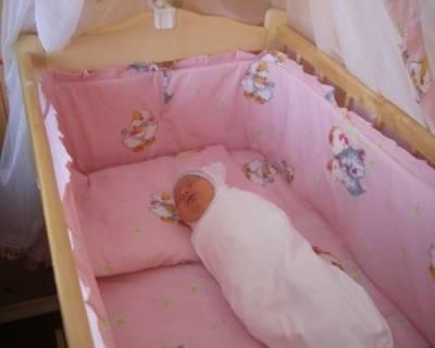 Нужно ли пеленать новорожденного ребенка: все за и против, мнения педиатров