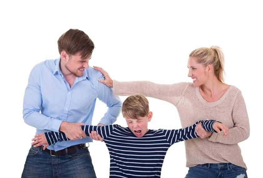 Типичные ошибки воспитания подростков в семье