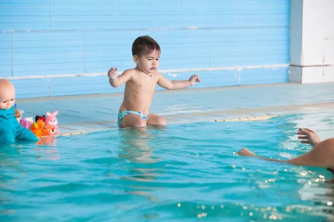 Врачи и ученые о раннем и грудничковом плавании