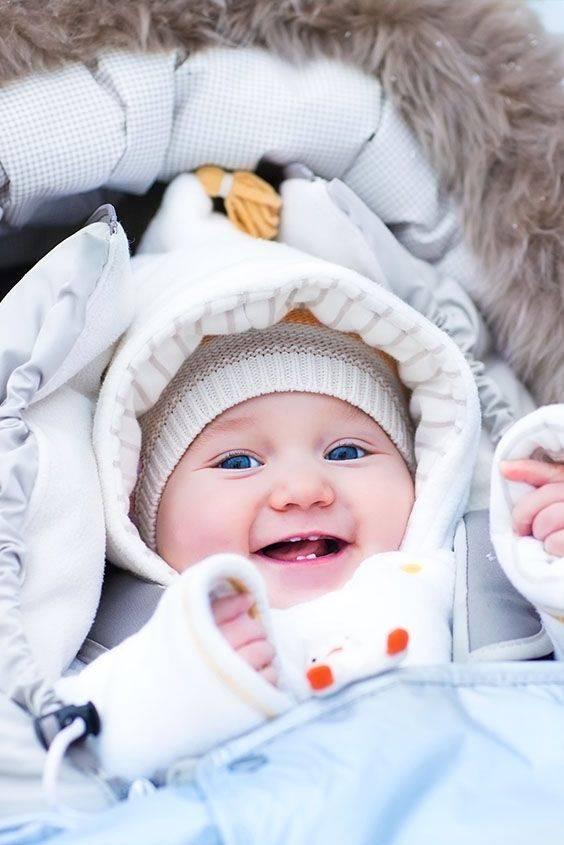 Как одеть новорожденного напрогулку зимой, сколько икак гулять