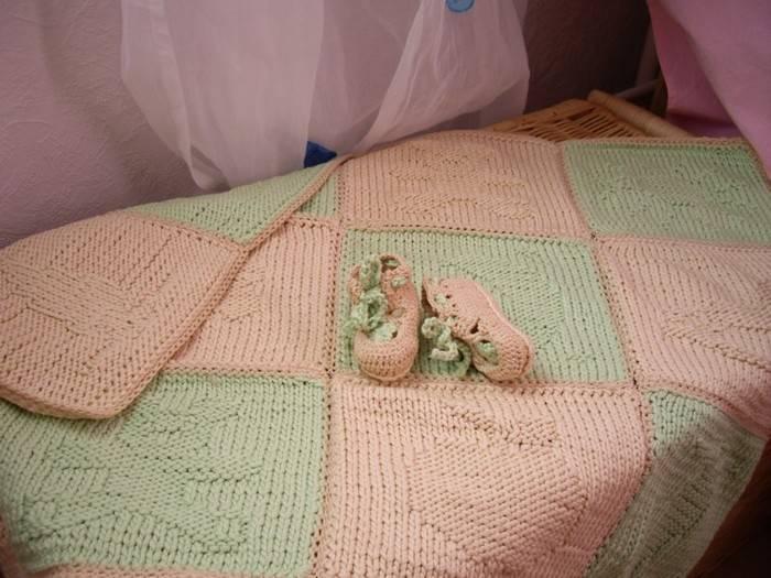 Вязаные одеяла для новорожденных: вязаные крючком детские пледы, вязание изделий для детей с описанием