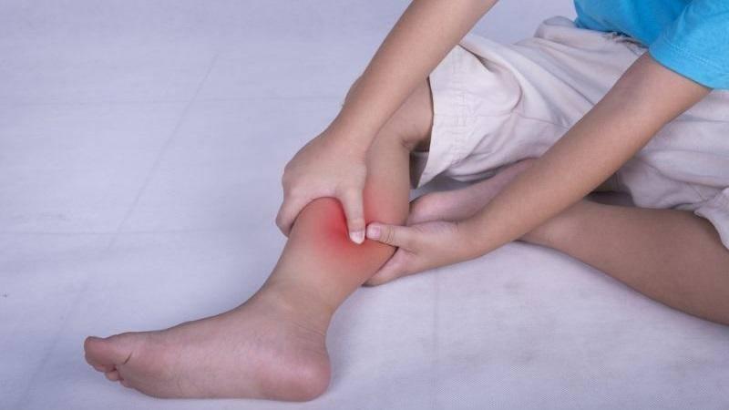 Боль в голеностопном суставе, болит голеностоп