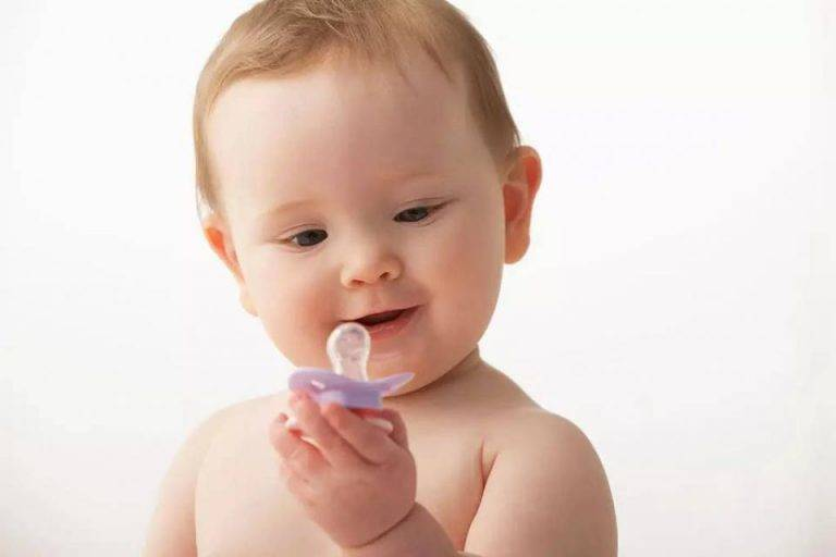 Как отучить ребенка от соски-пустышки максимально безболезненно