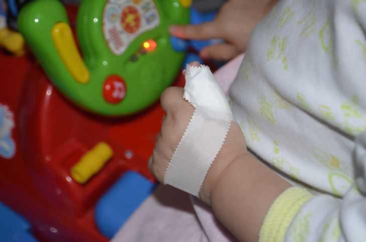Как отучить ребенка от рук? - болталка для мамочек малышей до двух лет - страна мам