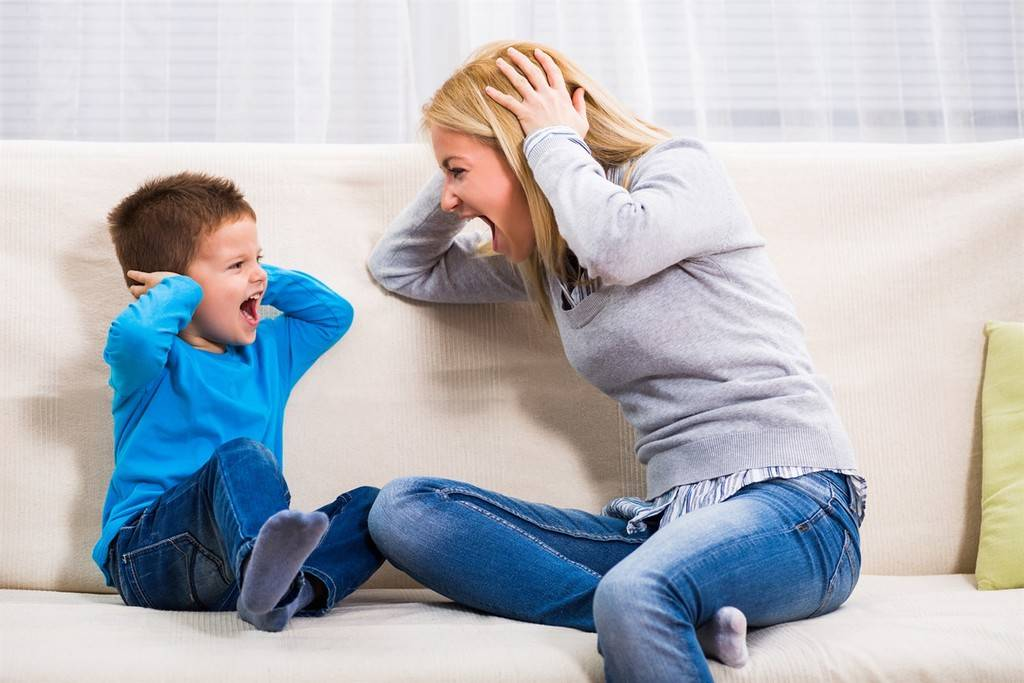 7 причин, почему нельзя кричать на детей — это обернется крахом для родителей