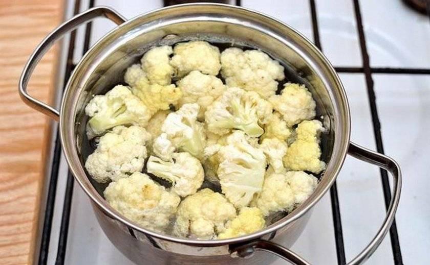 Как варить цветную капусту свежую: рецепты в кастрюле, мультиварке, микроволновке и на сковороде, фото и видео
