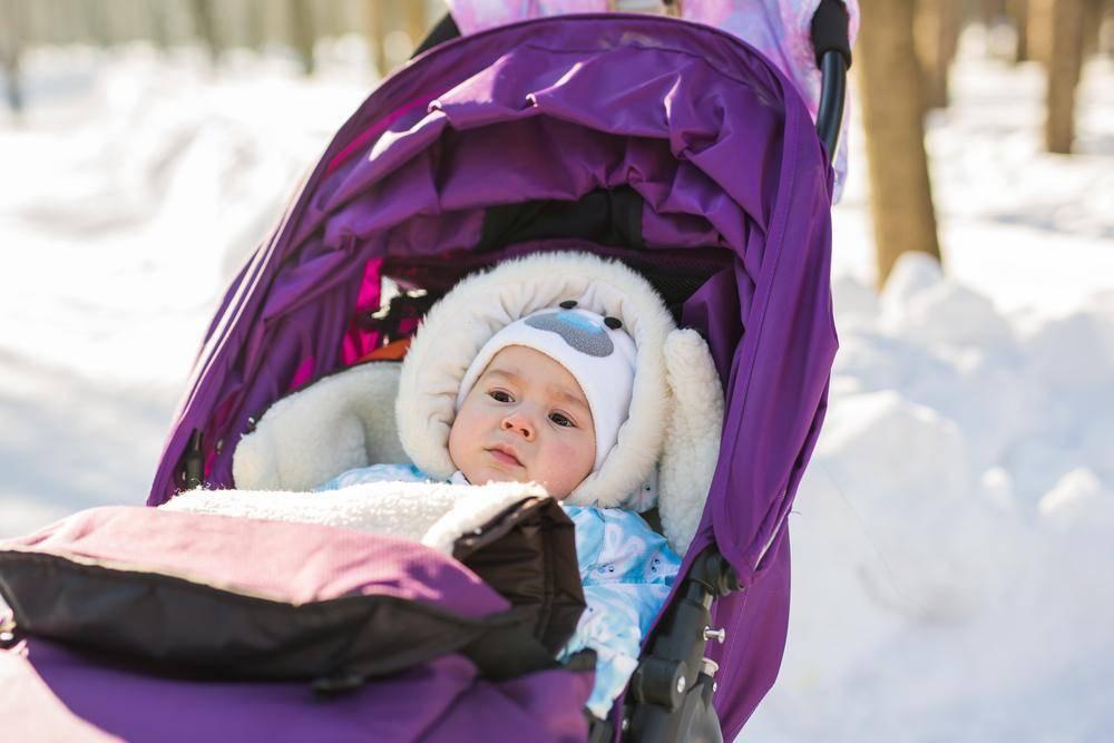 Как одевать новорожденного зимой на прогулку: список вещей, 109 фото.