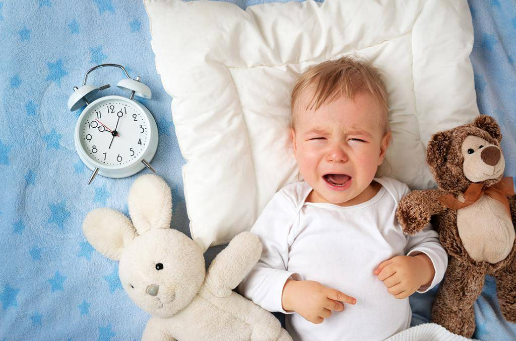 К чему снится младенец на руках — 40 значений сна для женщин и мужчин держать ребенка на руках