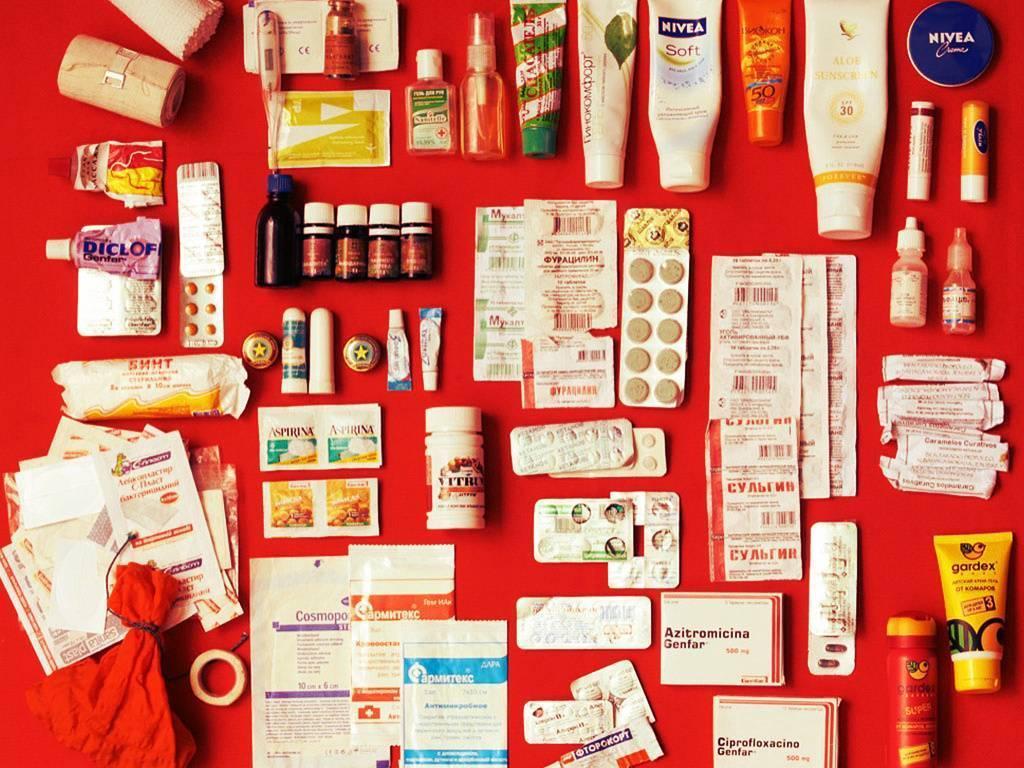 Аптечка в дорогу с ребенком (список)