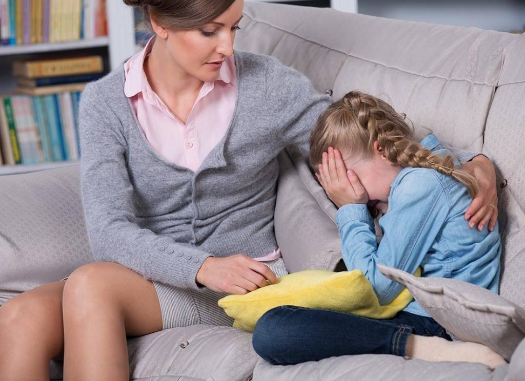 Из-за чего болит язык сбоку: причины неприятных ощущений, лечение