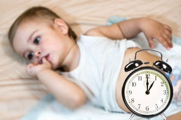 Почему ребенок в год плохо спит ночью