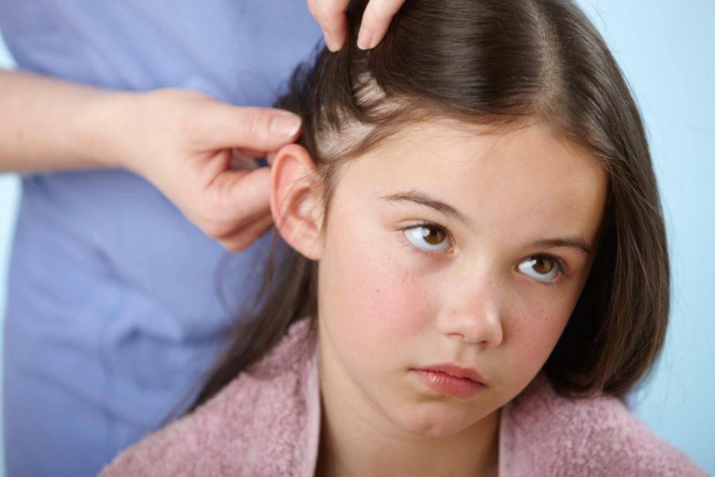 Почему чешется голова, если она чистая и без вшей, что делать