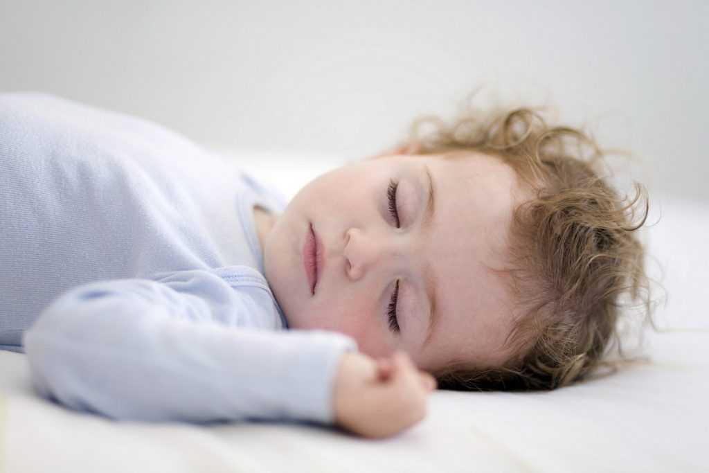 12 полезных советов родителям, если ребенок плохо спит ночью