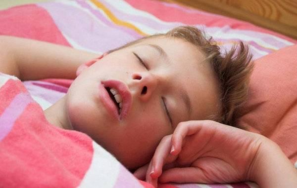 Храп во сне у ребенка трех лет