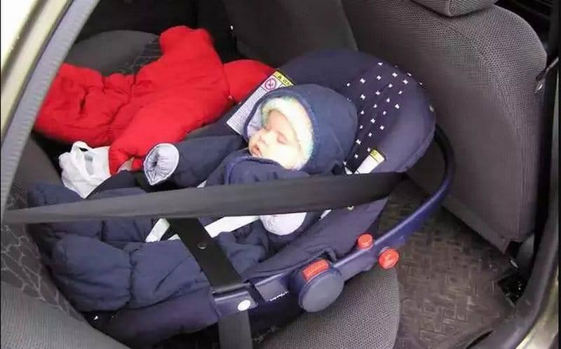 Можно ли новорожденного перевозить в люльке от коляски
