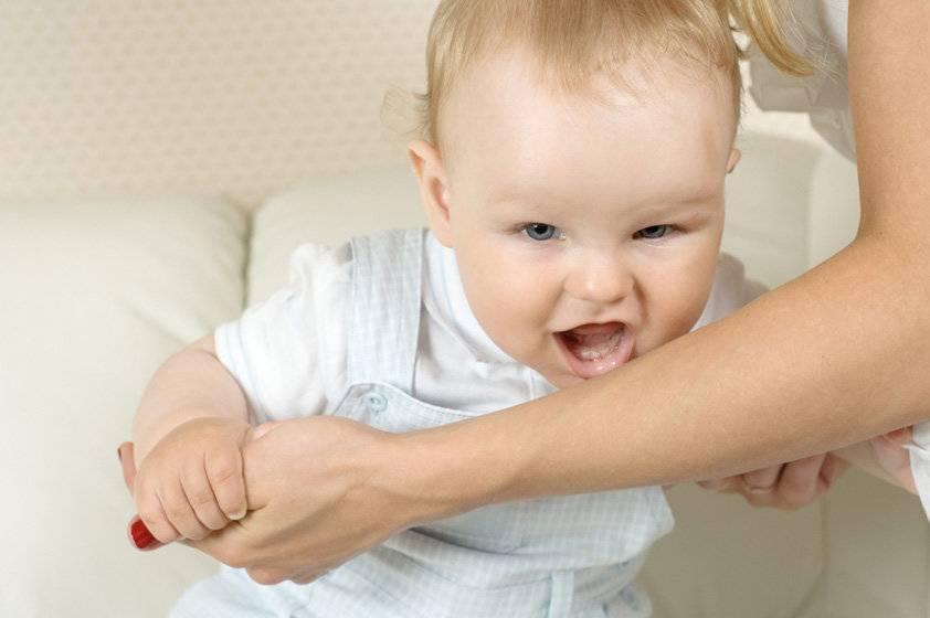 Как можно отучить ребенка спать с родителями