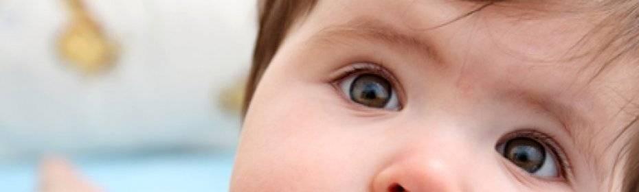 Почему возникает и как лечится непостоянное сходящееся косоглазие у детей?