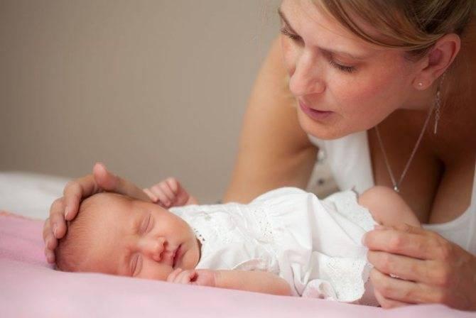 Как отучить ребенка от укачивания на руках
