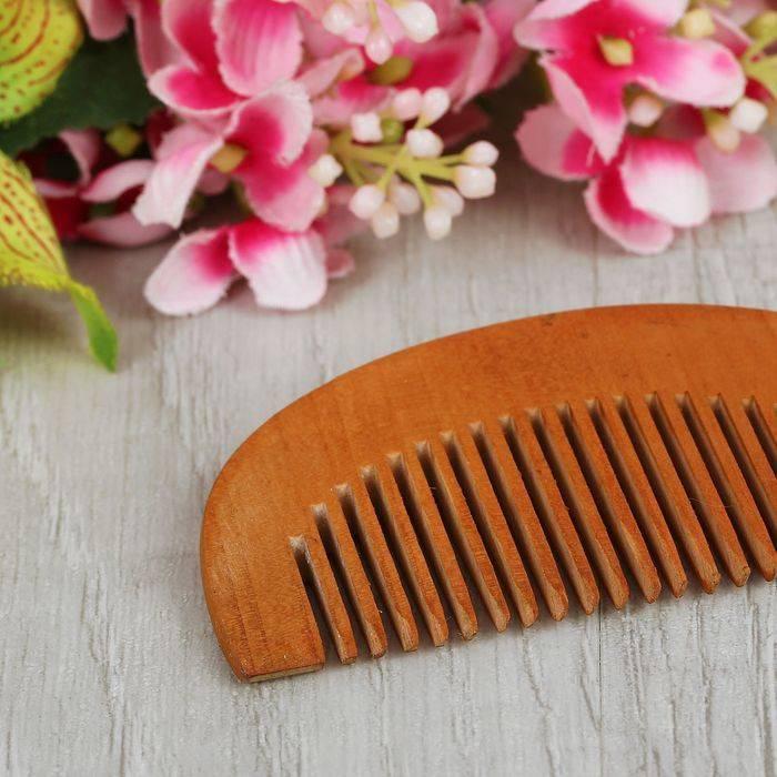 Расческа-гребешок (18 фото): как выбрать гребень для волос, расчески-гребешки из граба с ручкой, как пользоваться