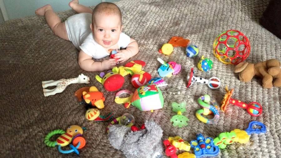 Ребенок 6 месяцев: развивающие игры и занятия. образцы игр, видео